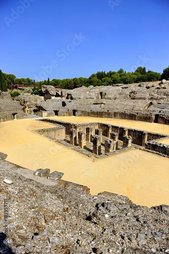 Anfiteatro de Italica, antigua ciudad romana situada cerca de Santiponce, provin Poster
