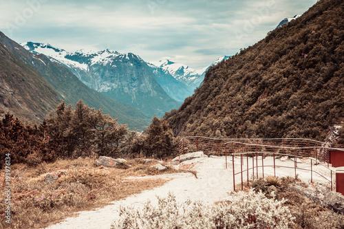 Plakat Góry letnich krajobraz w Norwegii.