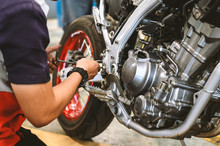 Motorcycle Engine Repair With ...