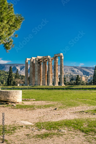 Photo  Temple of Olympian Zeus, Athens