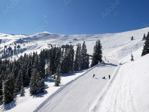Fotobehang Wintersporten Skifahren in Saalbach Hinterglemm Leogang