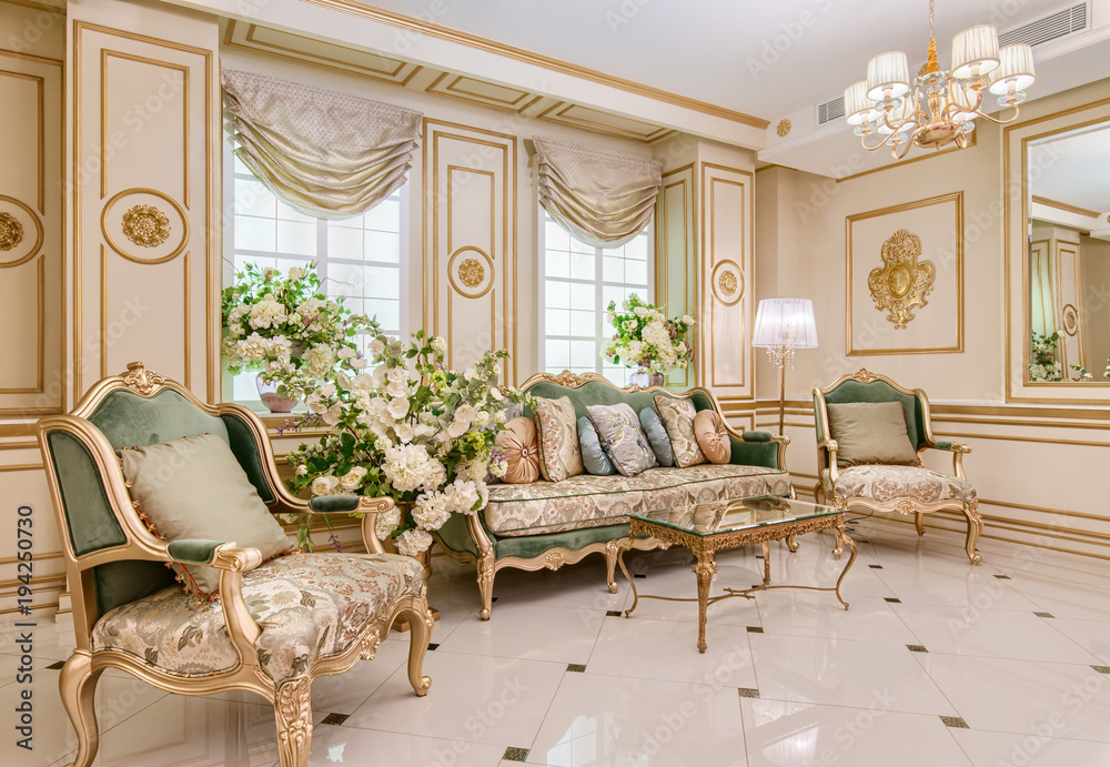 Fototapety, obrazy: Luxury classic living room interior
