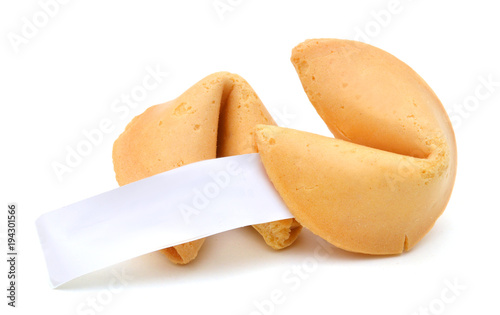 Fotomural Fortune cookie with blank slip isolated on white background.