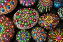 Beautiful Rock Mandalas Painte...