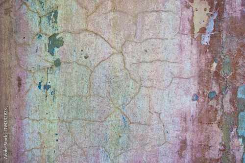 Fotobehang Oude vuile getextureerde muur Cracked and peeling paint old wall background. Classic grunge texture.
