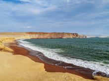 Red Beach, Paracas National Re...