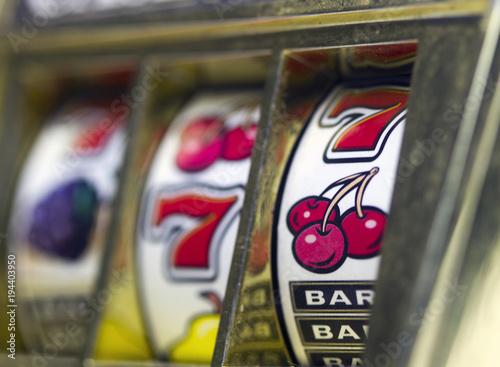 retro slot machine from the side плакат