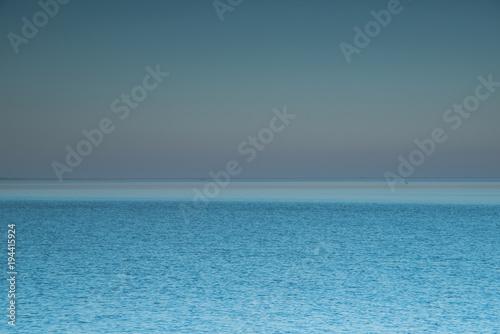 Fotografie, Obraz  gerader Horizont zwischen blauem Ozean und Himmel