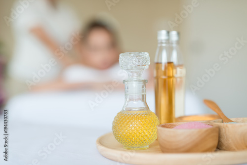 Oils and salts used in a spa massage Fototapet
