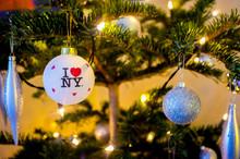 New York City Chrismas Tree De...