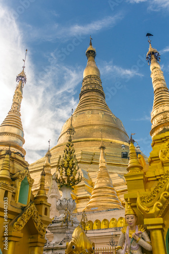 Fotografie, Obraz  Shwedagon Pagoda in Yangon, Myanmar.