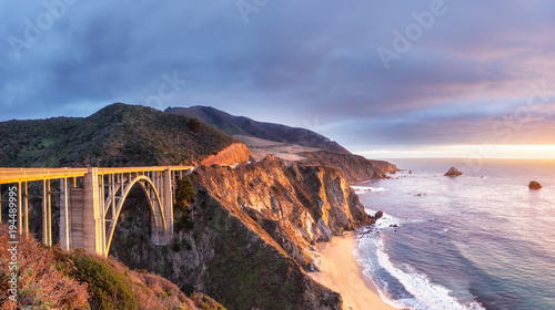 Poster Cote Bixby Creek Bridge on Highway 1 at the US West Coast traveling south to Los Angeles, Big Sur Area, California