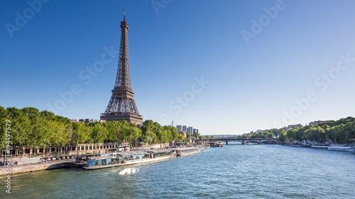 Staande foto Parijs Paris - tour Eiffel