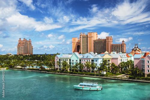 Fotografie, Obraz  Beautiful scene of Nassau landscape with a boat cruising