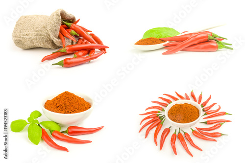 Staande foto Hot chili peppers Group of spur pepper close-up isolated on white background