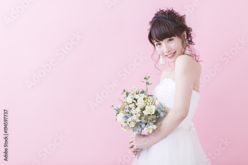 Valokuva  花嫁