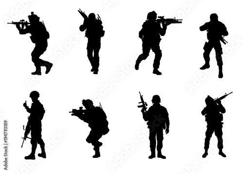 Soldier Silhouettes Canvas-taulu