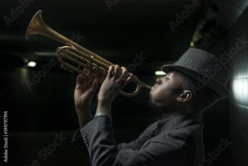 musician with trumpet Fototapeta