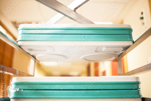 Fotografía  hospital food trays