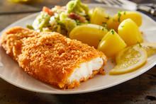 Crispy Fresh Breaded Fish With Potatoes
