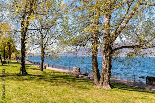 Luino Lakeside promenade on the Lake Maggiore shore, Italy Canvas-taulu