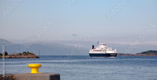 ferry boat Fototapeta
