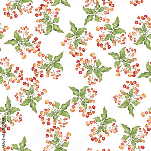 jagoda-na-zielonym-lisciu