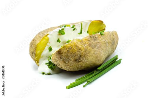 ofenkartoffel folienkartoffel kartoffel isoliert freigestellt auf weißen Hintergrund, Freisteller