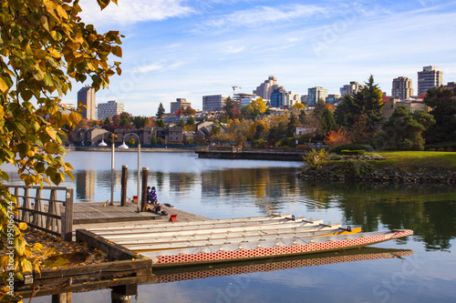 Fotomural View of False Creek and South Vancouver in the background on a warm autumn day