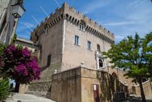 Haut De Cagnes, Cagnes Sur Mer, Provence, Cote D Azur, Frankreich Mit Schloss Grimaldi,
