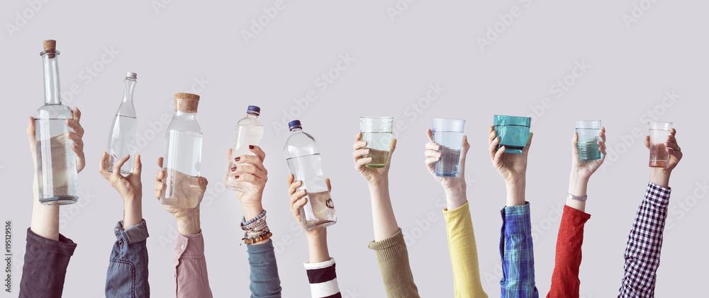 Fototapety, obrazy: Different people holding water bottles and glass