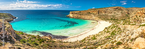 Poster Tortue The Rabbit beach in Lampedusa, Pelagie islands is a wild beach, protected by WWF , for being home of the extinct loggerhead turtles, who lay theirs eggs in the area,