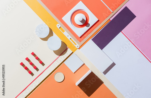 Papiers peints Con. ancienne Abstract geometrical compostion/background