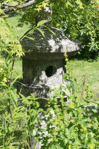 Photo  Japanese lantern, lanterns for the Japanese garden, small architectural form