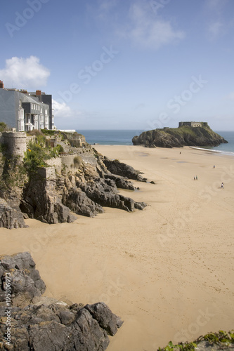 Poster Maroc UK, Wales, Pembrokeshire, Tenby, seafront and beach view