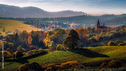 Obraz Wieś w Bieszczadach. Lutowiska - fototapety do salonu