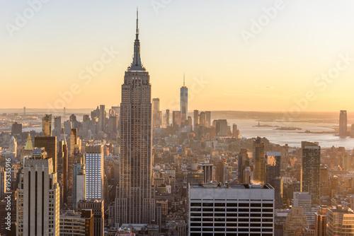 Poster New York Lower Manhattan Downtown skyline panorama from Brooklyn Bridge Park riverbank, New York City, USA