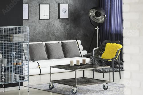 Room With Industrial Recycled Furniture Kaufen Sie Dieses Foto Und