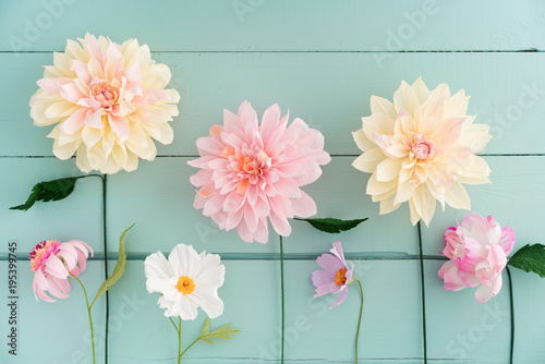 Poster de jardin Dahlia Crepe paper flowers dahlias, cosmos and echinacea on turquoise wooden background