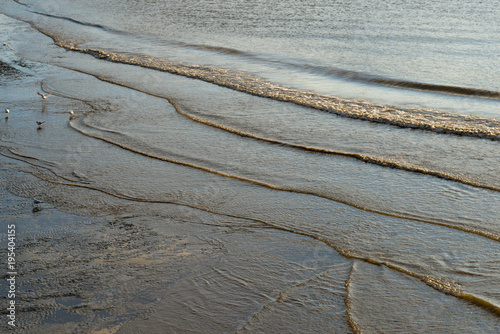 Fotografia, Obraz  wellen an der Elbküste in hamburg