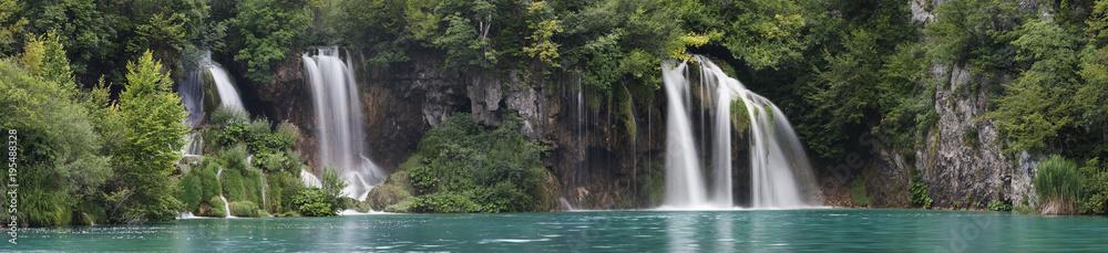 Fototapeta Landscape image of the Plitvice Lakes national park