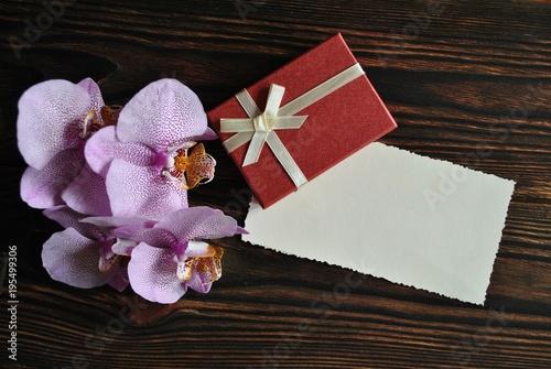 Prezent i orchidea - 195499306