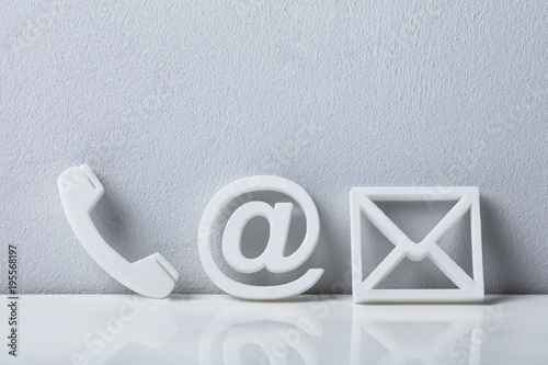 Fotografía  Close-up Of A Phone, Email and Post Icons