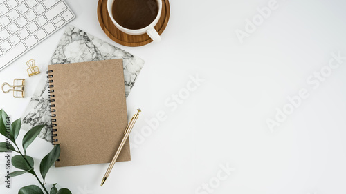 Styled stock photography white office desk table with blank notebook, computer, supplies and coffee cup Tapéta, Fotótapéta