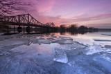 Eiszeit an der Glienicker Brücke