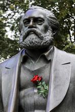 Karl Marx, Karl Marx Und Fried...