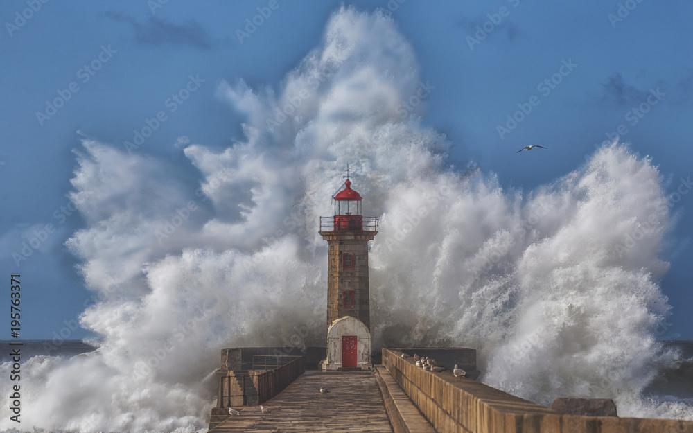 Fototapeta Big Storm is Coming - obraz na płótnie