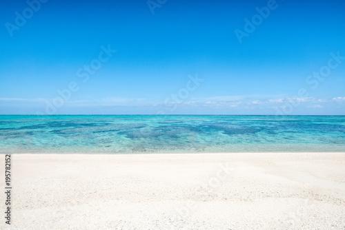 Fotografie, Obraz  Sommer, Sonne, Meer und Strand auf Okinawa, Japan