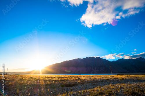 Fototapety, obrazy: Beautiful scene of the yellow grassland mt cook and lake tekapo before sunset.