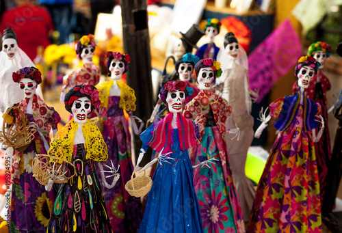 Fotografie, Obraz  Small skeleton mannequins dressed and decorated for Dia de los Muertos/Day of th